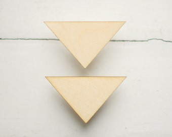 SET of 2pcs - wooden triangles, natural wood, ready to decorate, make your own necklace, jewelry supplies, wooden supplies, wooden shapes
