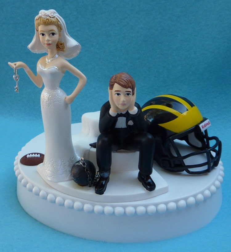 wedding cake topper university of michigan wolverines um by wedset