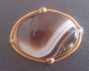 Antique banded agate brooch