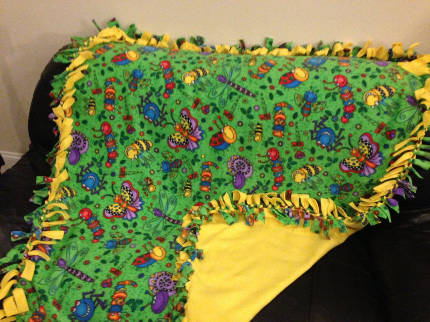 No Sew Double Sided Bug Fleece Blanket For Baby Or Child