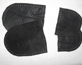 Suede / leather slipper soles. Size WOMAN big. Color BLACK.
