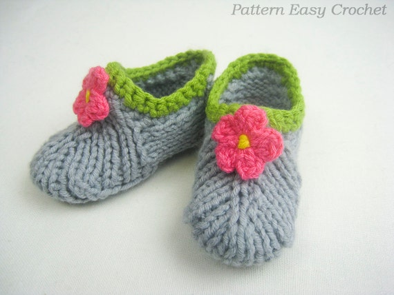 Baby slippers knitting pattern digital seamless that is very