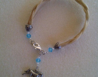 Simple braided horse hair bracelet with horse charm