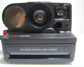 VINTAGE POLAROID SONAR Camera ,Polaroid sx-70, Sonar Autofocus, Sonar One Step, Pronto Land Camera