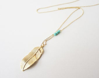 Feather necklace in gold - Long feather necklace