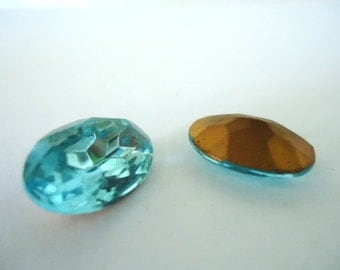 Vintage Glass Oval Aquamarine Blue colour Foiled Czech Rhinestone crystal jewels 18mm x 13mm-2 pieces