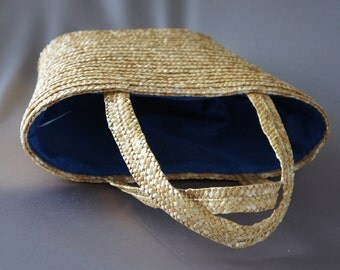 Vintage straw bag from the 80's woven purse beach bag blue tote.