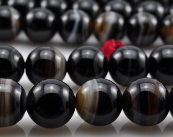 47 pcs of Natural Black Banded Agate smooth round beads in 8 mm (0550#)