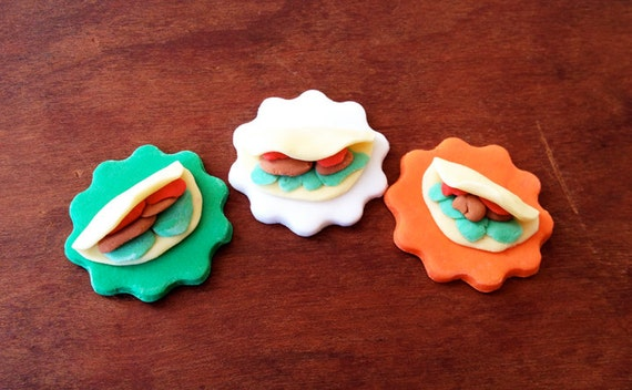 12 little fondant tacos for your party-great for cinco de mayo