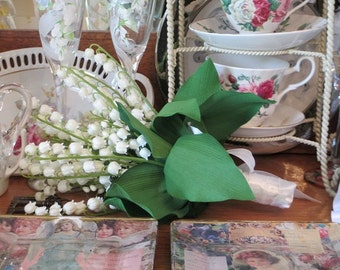 Lily-of-Valley Flower Girl Jr. Brides Maid or Bridal Bouquet