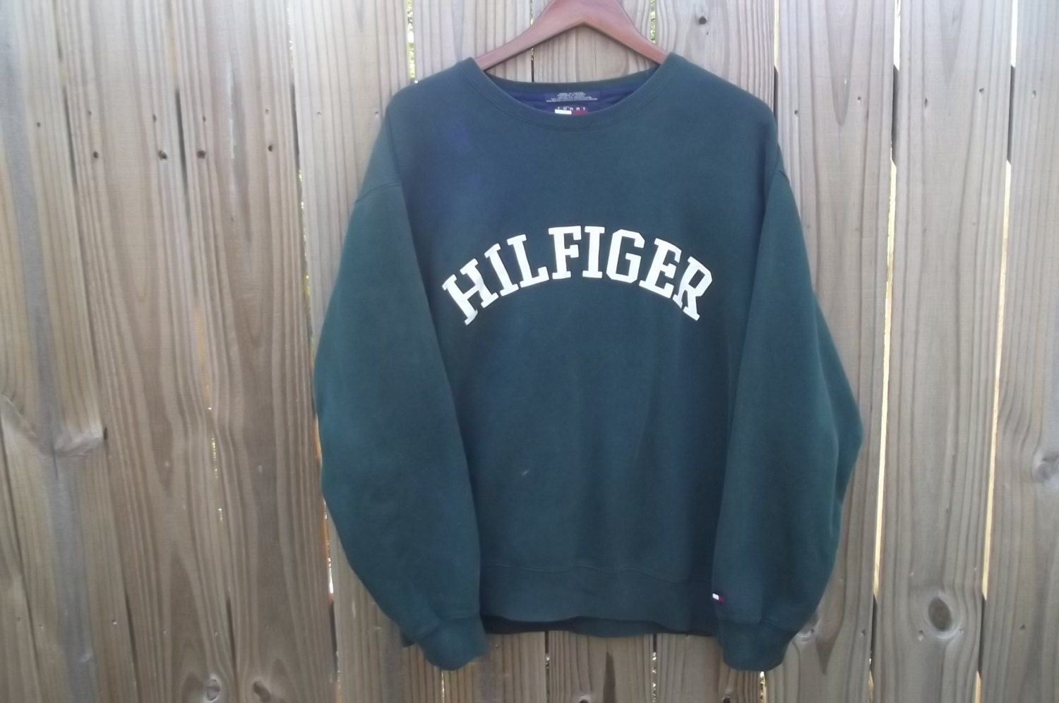 90s tommy hilfiger sweatshirt. Black Bedroom Furniture Sets. Home Design Ideas