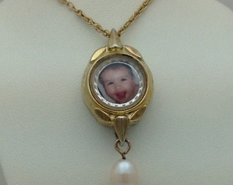 Old watch picture pendant