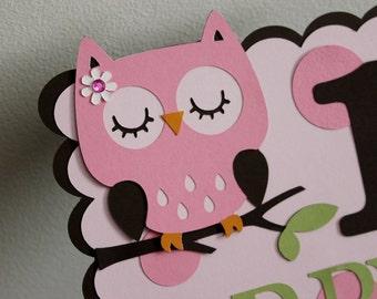 Owl sign Centerpiece (Pink, brown, green)