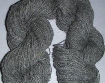 Yarn 100% alpaca fingerling gray 200 yards