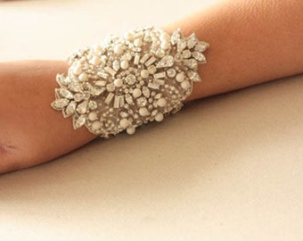 Swarovski wedding bracelet  -  Leila (Made to Order)