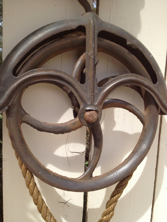 Primitive Cast Iron Barn Well Pulley With Double Game Hook