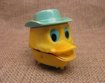 Vintage Wind Up Toy - Duck Head - Mouth Clacks Open and Shut When Wound Up - Easter Toys - Children's Toy - Toy Collectible