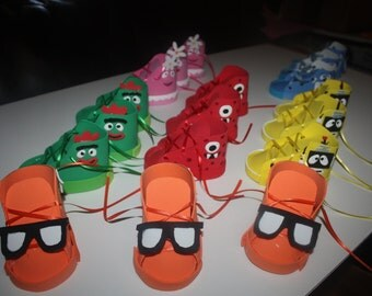Popular items for yo gabba gabba party on Etsy