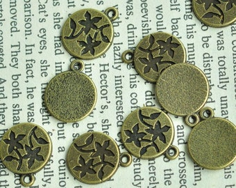 15pcs Antique Bronze Round Flower Charms 14mm MM027