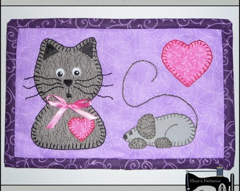 PDF Pattern for Cat & Mouse Mug Rug, Cat Mug Rug Pattern, Cat Mini Quilt Pattern - Sewing Pattern, Tutorial, DIY