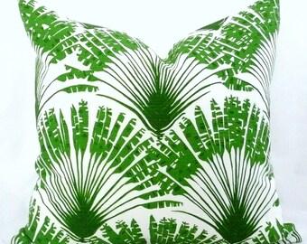 Brisa  PIllow Cover in Green