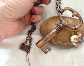 Steampunk Key Pendant Necklace