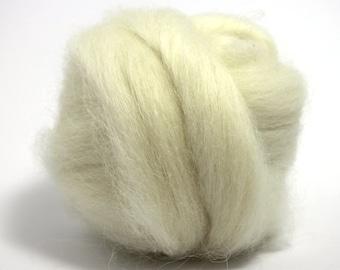 White Icelandic Top / Roving - Felting - Spinning - Crafts - 100g / 3.5oz