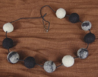 Felt necklace.