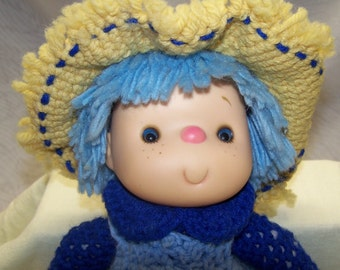 1980's Handmade Crochet Dumplin Designs Yarn Head Doll / Blueberry Cupcake