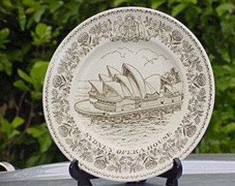 Sydney Opera House plate.