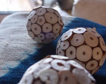 Sola Balls   - Sola Log Balls - 6cm -  12 balls/pkg  - Sola Tip Balls