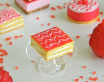 Miniature millefeuille cake