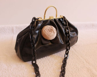 20's black bag