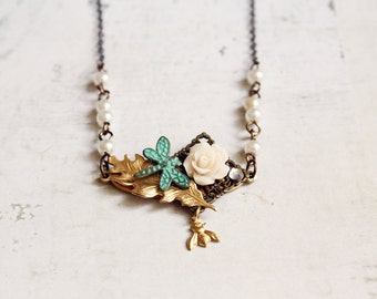 Beautiful Garden Necklace - Delicate Vintage Inspired Jewelry