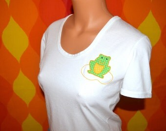 vintage tee shirt 70's  women preppy FROG applique green scoop neck t-shirt Medium