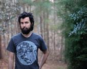 Mens t shirt / tshirt men - full moon screenprint on heather black - summer fashion - for him / for men - moon shirt - blackbirdtees
