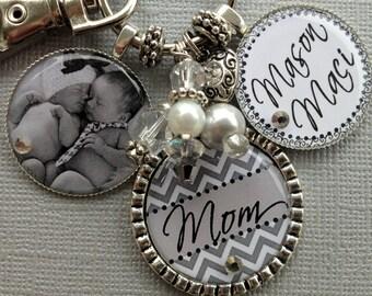 Personalized Mom gift, Chevron keychain, PHOTO pendant, Grandma gift, Childrens Names, Mother quote, Grandma, Nana, birthday gift, Mimi Gigi
