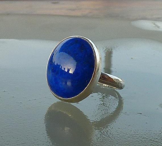 Lapis lazuli ring, gemstone  ring, Cocktail ring, statement ring,  sterling silver ring  round blue ring