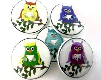 "5 Assorted Owl Novelty buttons. Handmade Decorative Craft buttons.  3/4"" or 20 mm round Buttons for Sewing. Washer and Dryer Safe."