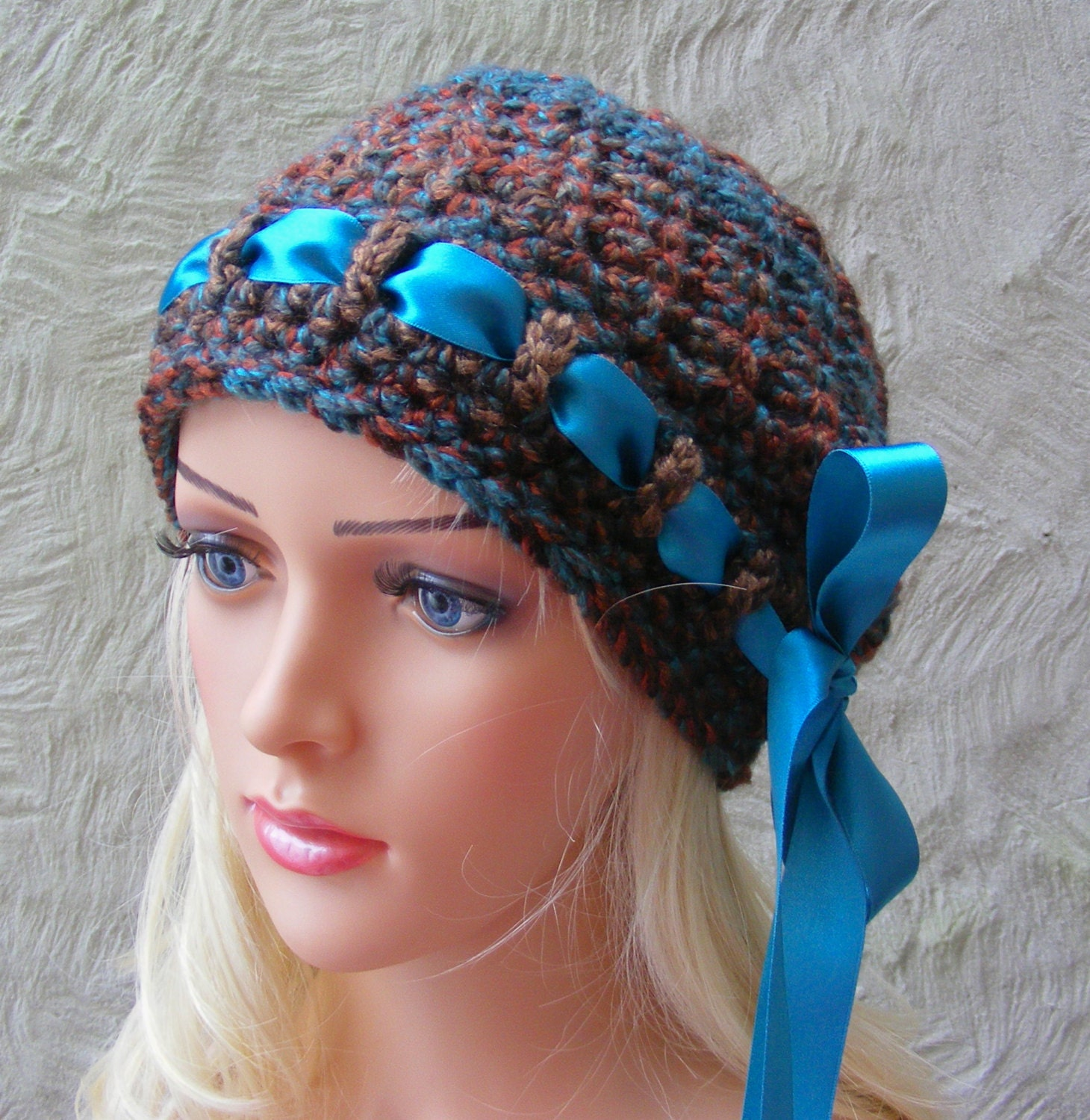 Slouchy Hat CROCHET PATTERN Ladies Hat / by TheHappyCrocheter