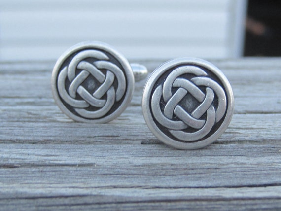 Pewter Celtic Knot Cuff Links.