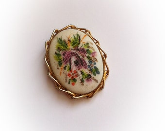 Vintage Dress Clip Purple Floral Cabochon Center with Gold Tone Metal Frame