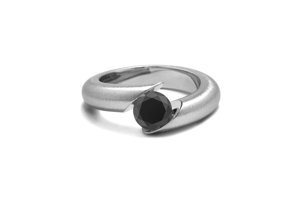 Black yx Ring Tension Set Tapered Stainless Steel Mounting
