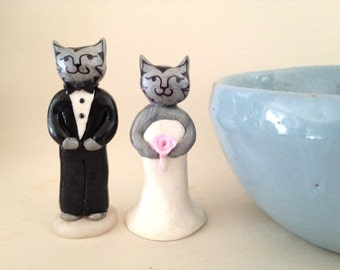 Elegant Cats Wedding Cake topper. Cat Wedding Cake Topper. Clay animal cake topper. Downton Tabby Cake Topper.