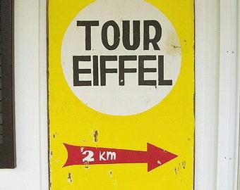 Eiffel Tower Subway Sign