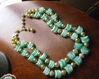 Shades of Green Double Strand Necklace/Earrings Hong Kong