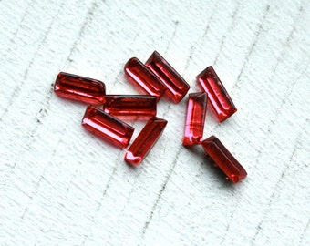 25 Rose Lipstick Red 1950s Baguettes // France // 7 mm x 3 mm