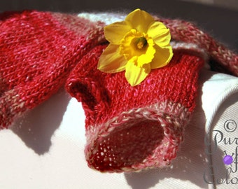Deliciously soft and warm handknitted armwarmers: Raspberry Ripple