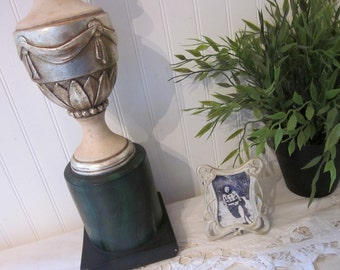 vintage Borghese eclectic Art DecoTable Lamp. Greco Roman. Hollywood Regency. Elegant green cream silver classic accent light. Rustic charm