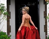 Branwyn, a Custom Made Medieval, Pre-Rapaelite Style Corset and Skirt in Silk and Damask